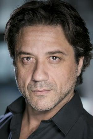 Enrique Arce profil kép