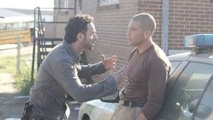 The Walking Dead 2 évad Ep.10 18 mérföldnyire