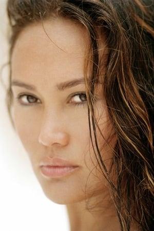 Tia Carrere profil kép